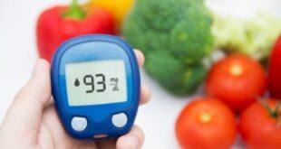 blood.glucose.monitoring 310x165 - 7 روش پایین آوردن سریع قند خون دیابتی با طب سنتی
