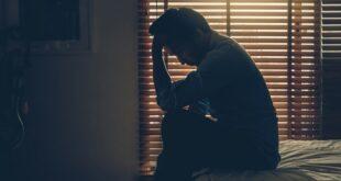 نشانه های افسردگی شدید در مردان 310x165 - نشانه های افسردگی شدید در مردان